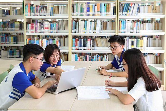 học văn bằng 2 tiếng anh ở đại học ngoại ngữ